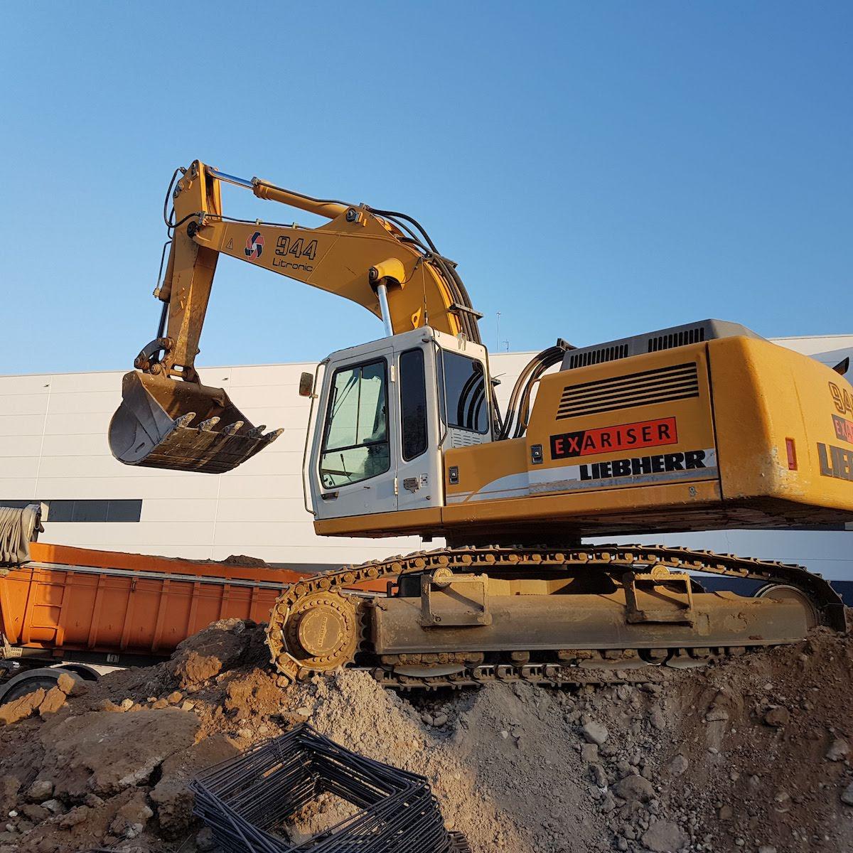 90.Gran Excavadora (3)