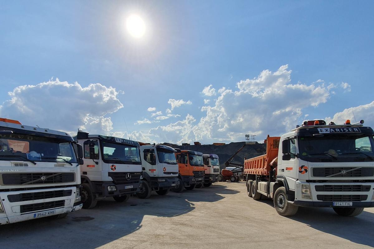 Transporte de áridos y maquinaria